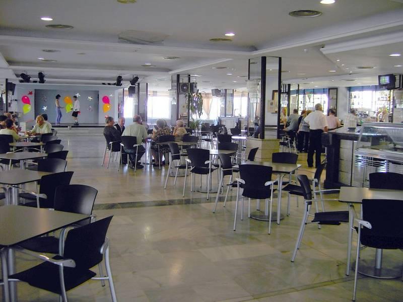 Zoraida garden hotel roquetas de mar costa de almeria for Gimnasio 360 roquetas de mar