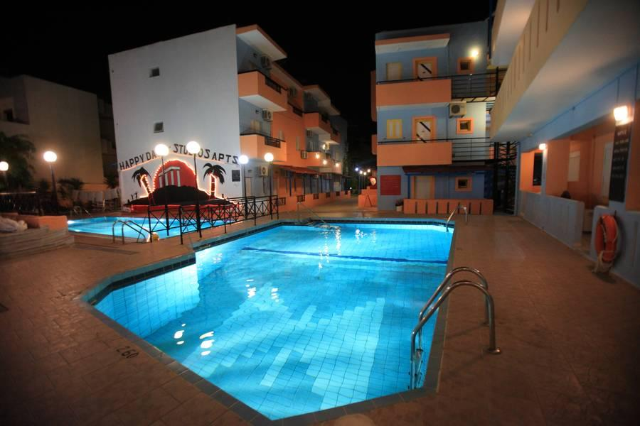 Holidays at Happy Days Studios in Malia, Crete