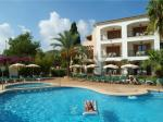 Holidays at Protur Bahia Azul Apartments in Cala Bona, Majorca