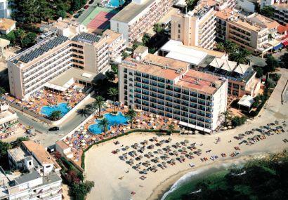 Holidays at Levante Hotel in Cala Bona, Majorca