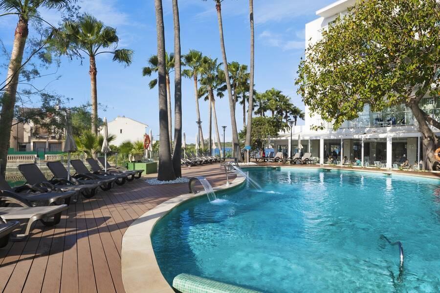 Roc Boccaccio Hotel, Alcudia, Majorca, Spain. Book Roc Boccaccio Hotel online