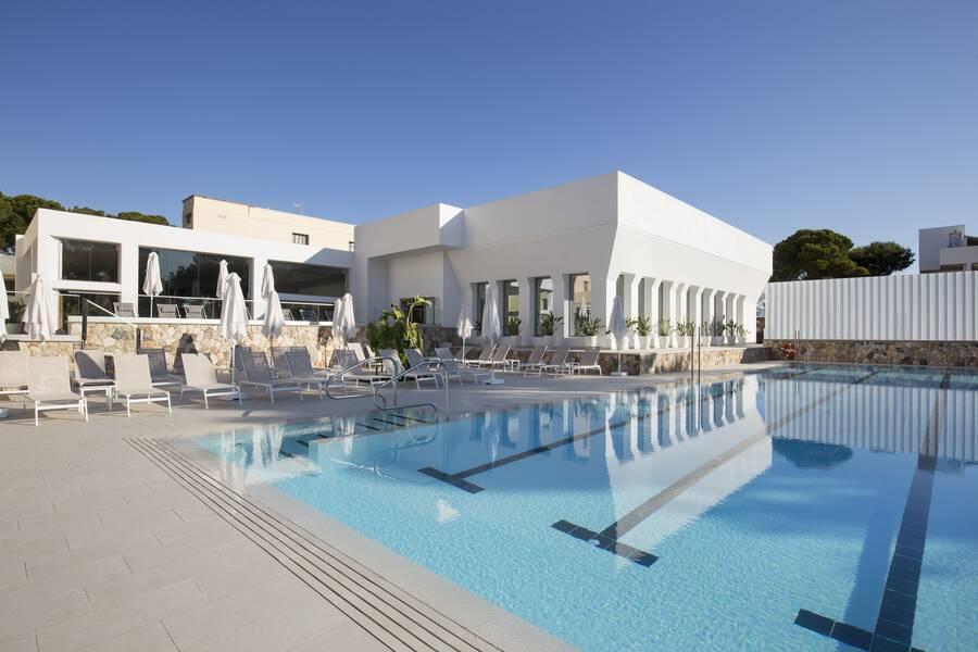 Bella Playa Hotel