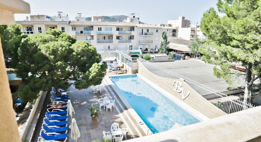 Holidays at Baviera Hotel in Cala Ratjada, Majorca