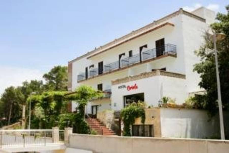 Holidays at Oriola Hostal in Cala San Vincente, Majorca