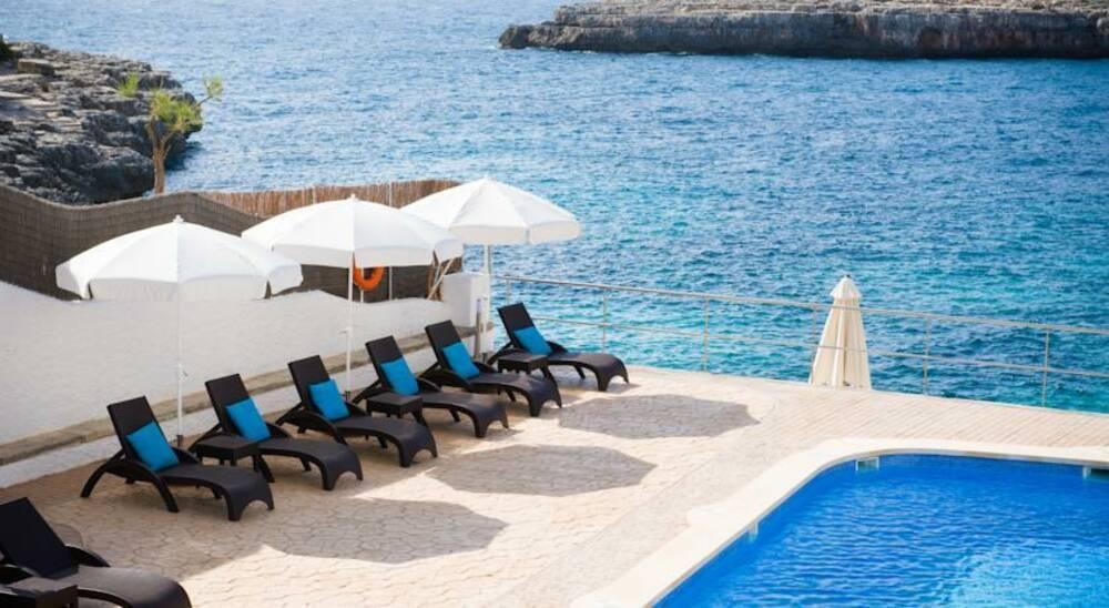 Holidays at Pierre and Vacances Mallorca Portomar in Porto Colom, Majorca