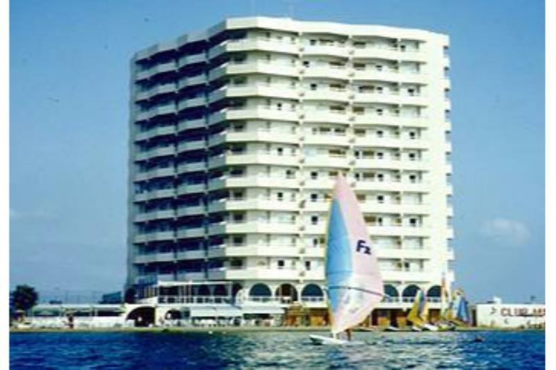 Holidays at Club Martinique Apartments in La Manga, Costa Calida