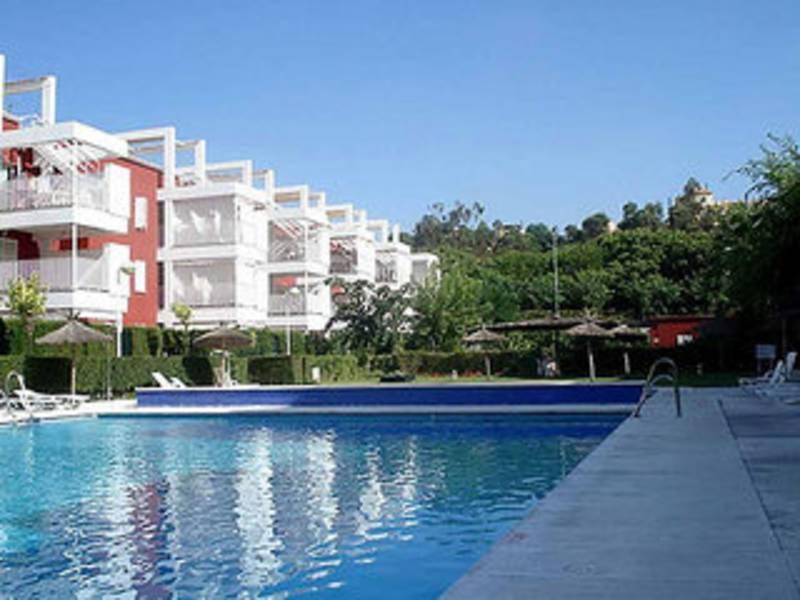 Holidays at Leo Velamayor Apartments in Islantilla, Costa de la Luz