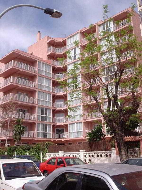 El Velero Apartments
