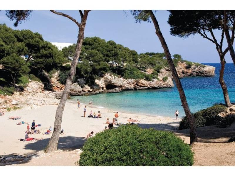 Holidays at Inturotel Cala Esmeralda Hotel in Cala d'Or, Majorca