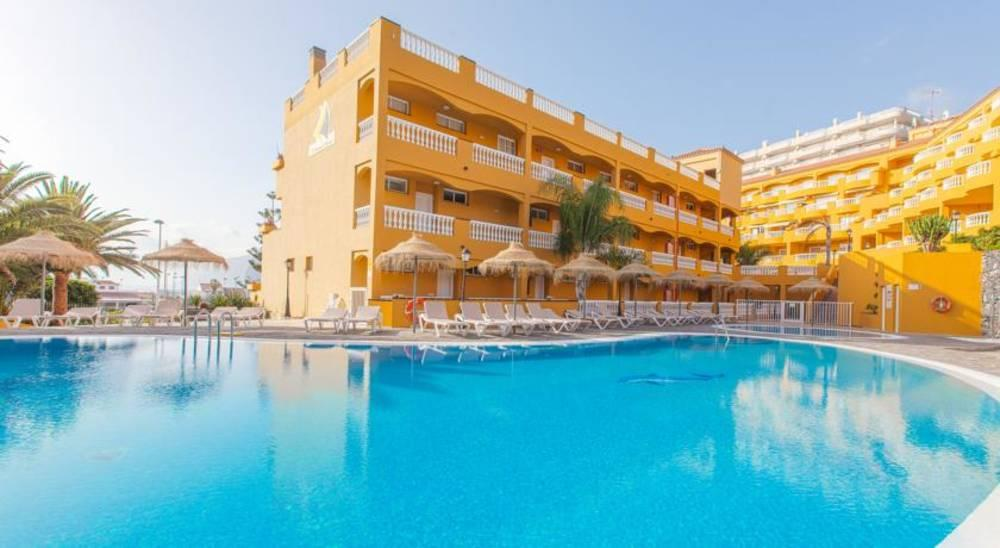 Holidays at El Marques Palace Apartments in Los Gigantes, Tenerife