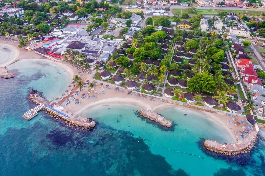 Holidays at Royal Decameron Club Caribbean in Runaway Bay, Jamaica