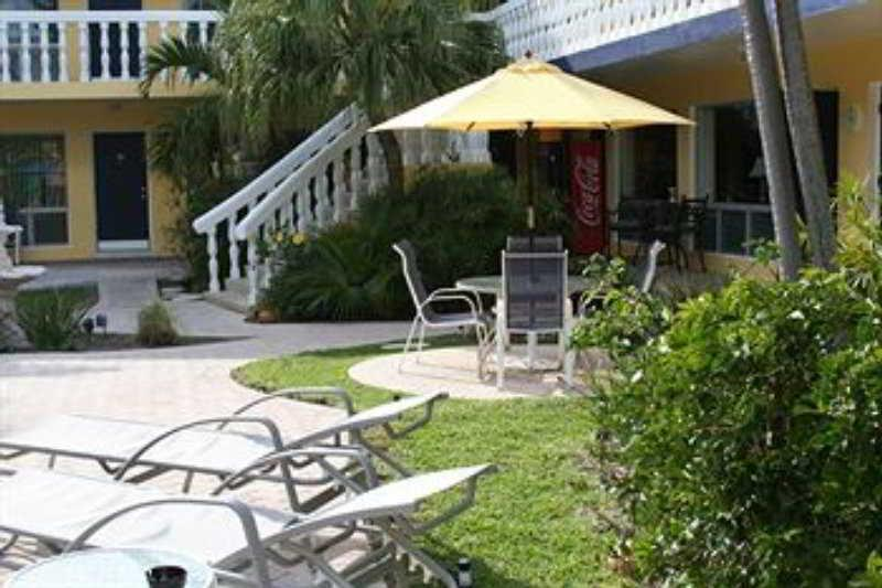Holidays at Cheston House Hotel in Fort Lauderdale, Florida