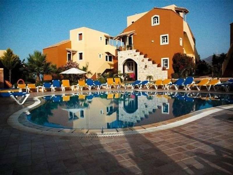 Holidays at Dia Apartments in Hersonissos, Crete