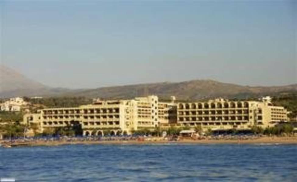 Holidays at Aquila Rithymna Beach Hotel in Adelianos Kampos, Rethymnon