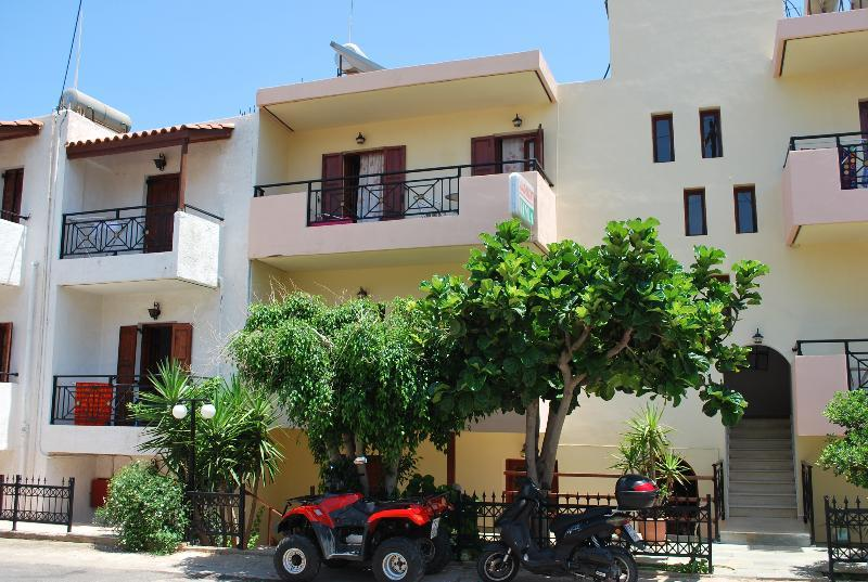 Holidays at Koula Apartments in Stalis, Crete