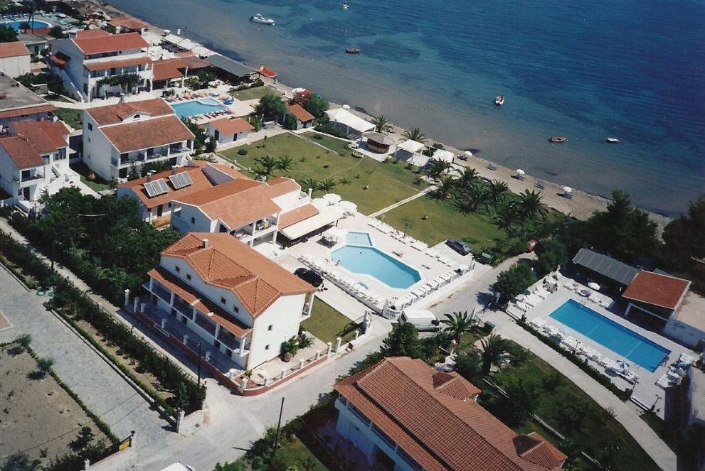 Holidays at Umbrella Beach Apartments in Kavos, Corfu