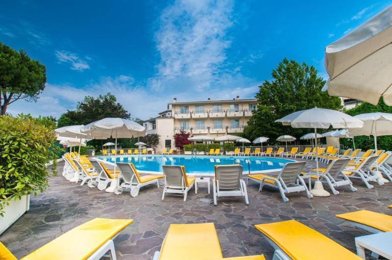 Du parc hotel sirmione lake garda italy book du parc for Hotel du parc
