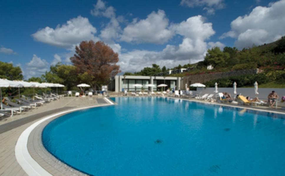 Holidays at White Rocks Hotel in Lassi, Kefalonia