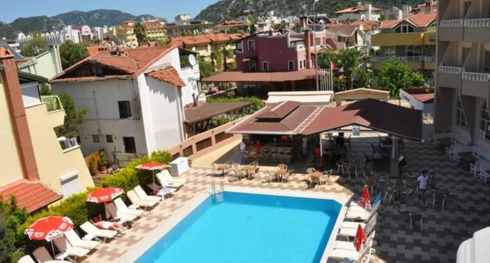 Holidays at Selen Apartments in Icmeler, Dalaman Region