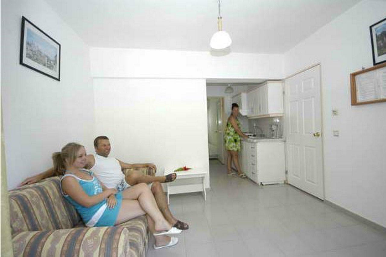 Holidays at Kurt Apartments in Icmeler, Dalaman Region