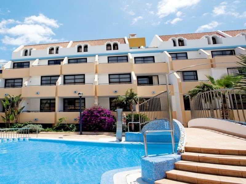 Colon II Apartments