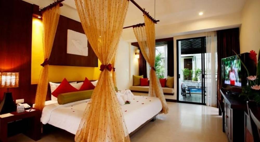 Holidays at Access Resort And Villas Hotel in Phuket Karon Beach, Phuket