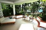Mom Tri's Villa Royale Hotel Picture 8
