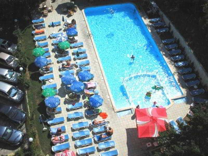Holidays at Varshava Hotel in Golden Sands, Bulgaria