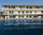 Yannis Apartments Picture 0