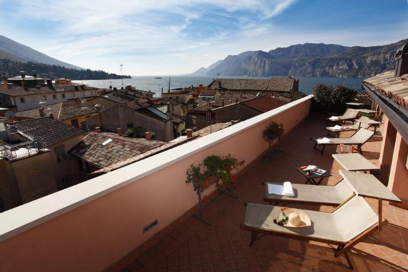 Holidays at Lago Di Garda Hotel in Malcesine, Lake Garda