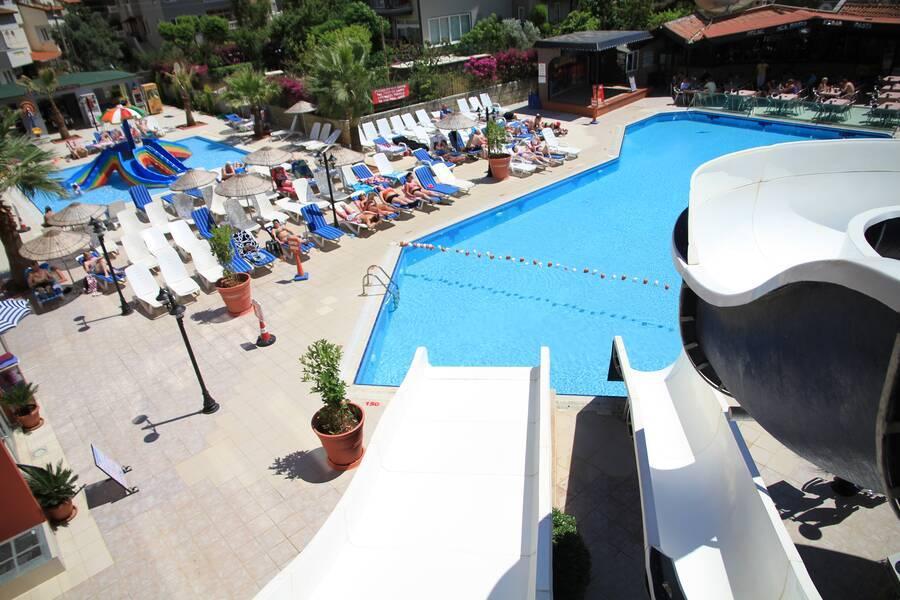 Holidays at Club Alpina Apartments in Marmaris, Dalaman Region