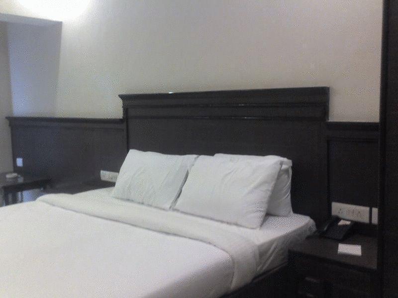 Holidays at Sun City Hotel in Baga Beach, India