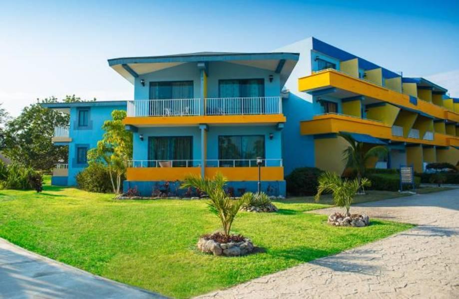 Holidays at Blau Costa Verde Beach Resort in Playa Pesquero, Cuba