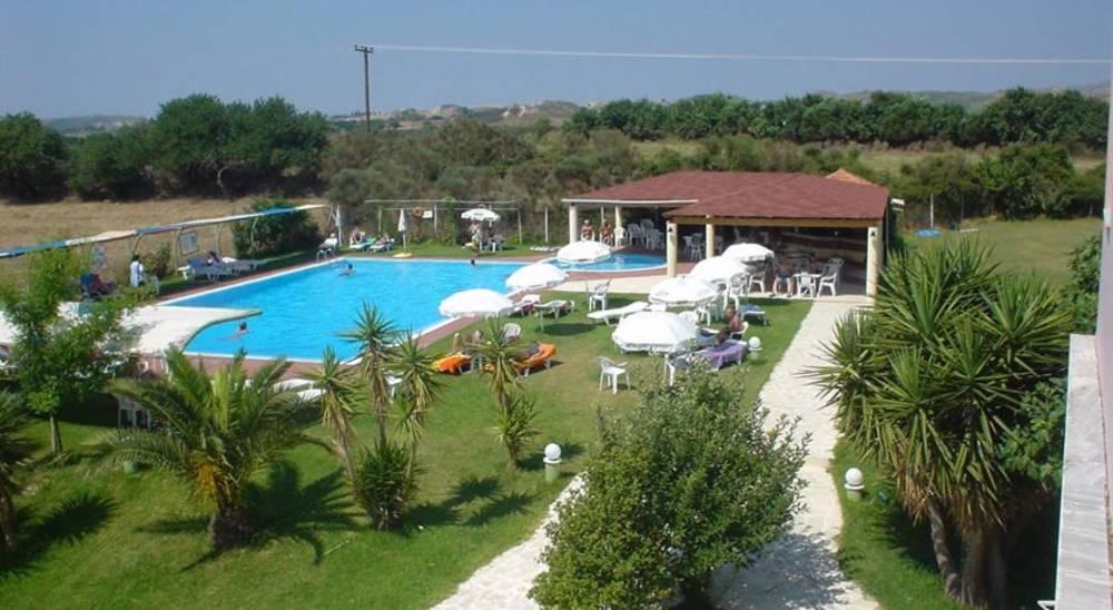 Holidays at Palatino Hotel in Lixouri, Kefalonia