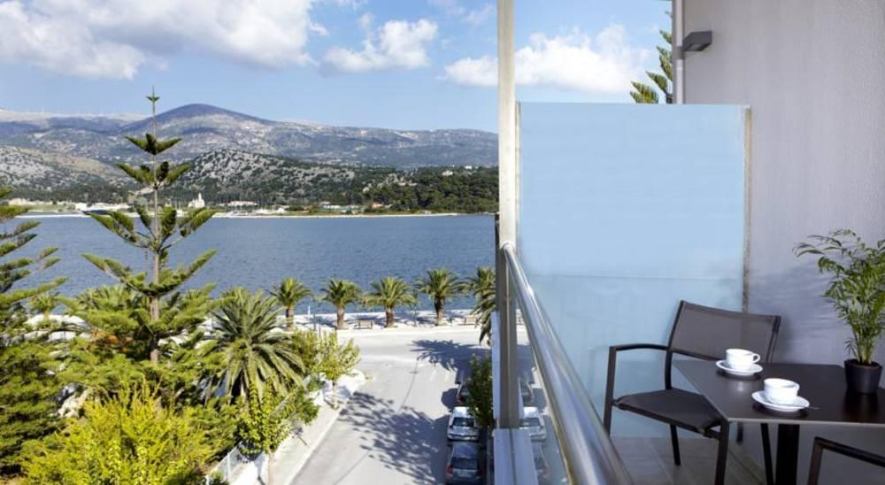 Holidays at Mouikis Hotel in Argostoli, Kefalonia