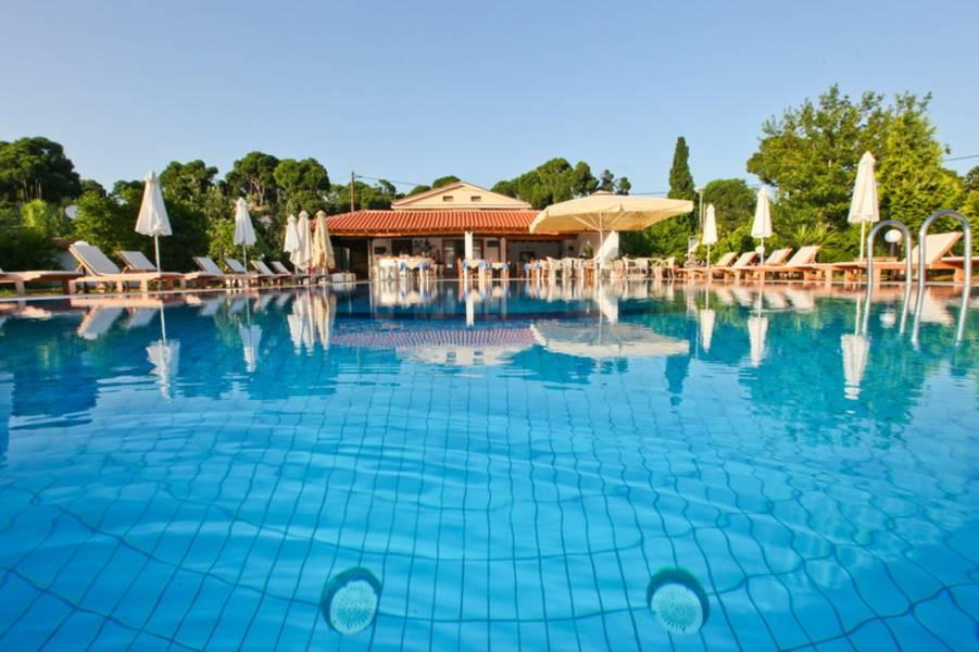 Holidays at Sunset Studios and Apartments in Koukounaries, Skiathos