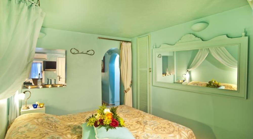 Holidays at Balcony Apartments in Imerovigli, Santorini