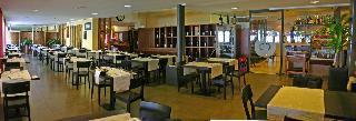 Holidays at La Paul Hotel in Sirmione, Lake Garda