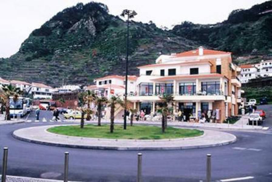 Holidays at Residencial Salgueiro Hotel in Porto Moniz, Madeira