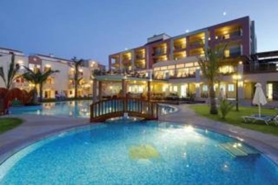 Holidays at Sea View Hotel in Rapaniana, Kolymbari