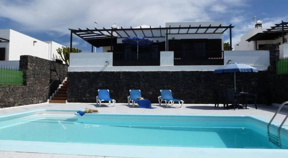 Holidays at Don Rafael Villas in Puerto del Carmen, Lanzarote