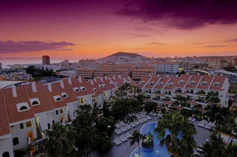 Holidays at Paradise Park Apartments in Los Cristianos, Tenerife