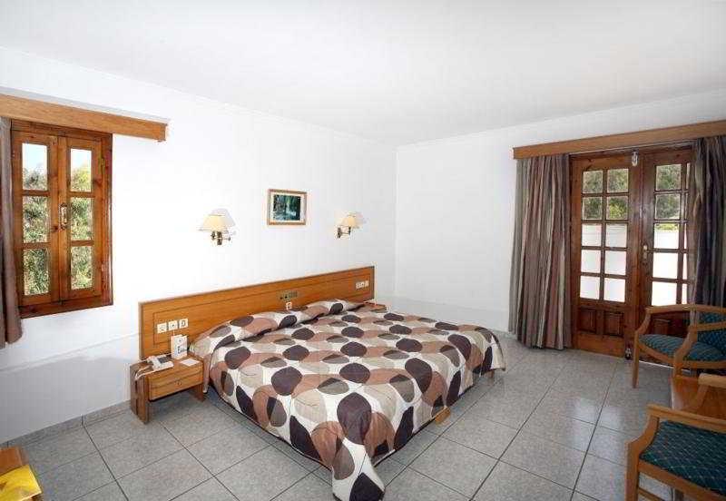 Holidays at Marmari Beach Hotel and Bungalows in Marmari, Kos