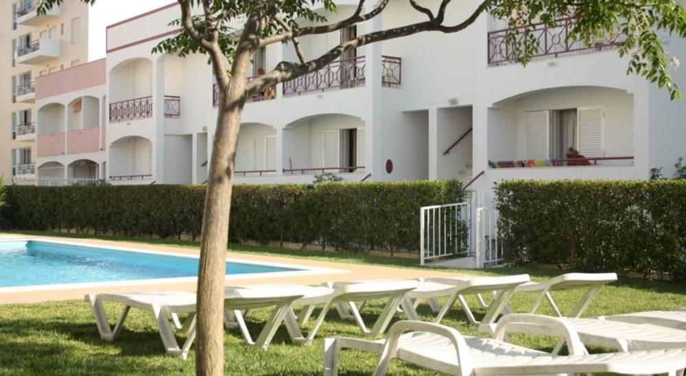 Holidays at Kings Apartments in Quarteira, Algarve