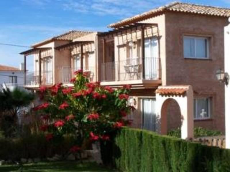 Holidays at Mundaka Hotel in Albir, Costa Blanca