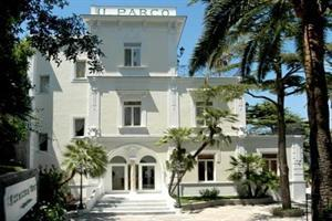 Holidays at Excelsior Parco Hotel in Capri, Neapolitan Riviera