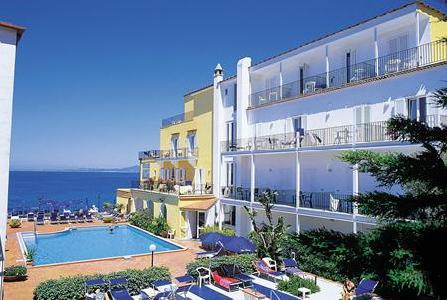 Holidays at Parco Aurora Terme Hotel in Ischia, Neapolitan Riviera