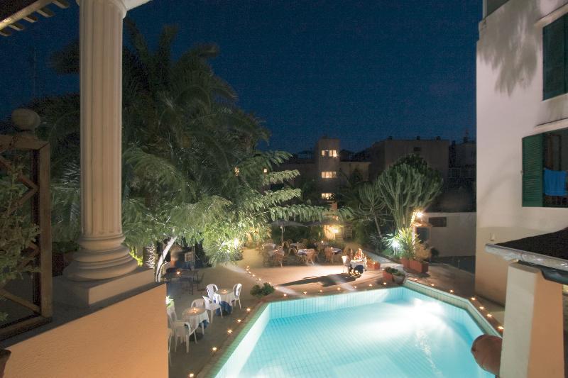 Holidays at Zi Carmela Hotel in Ischia, Neapolitan Riviera