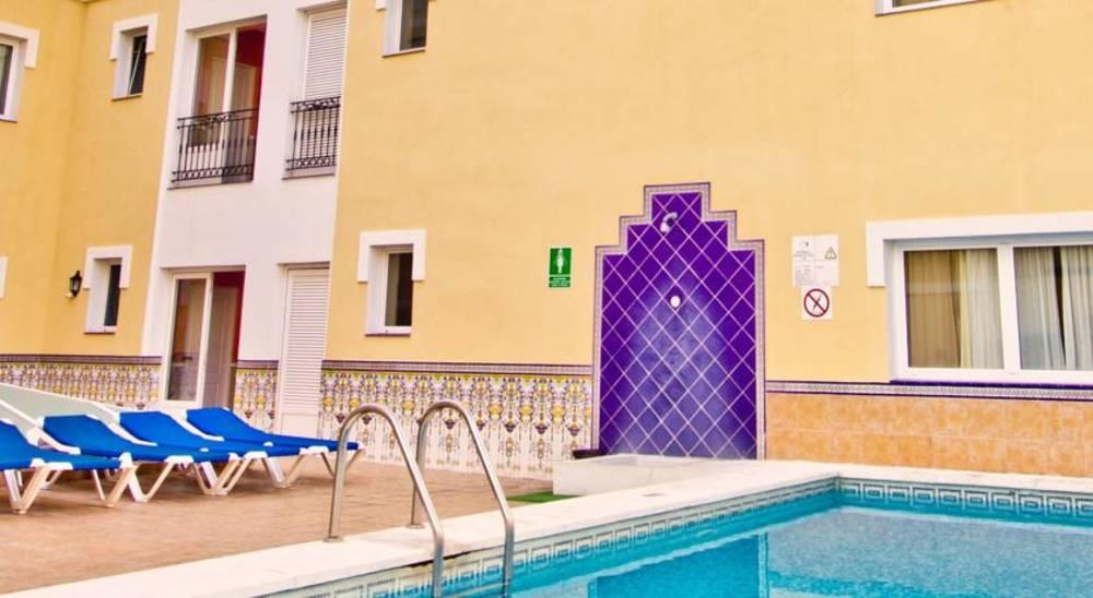 Holidays at RF Bambi Apartments in Puerto de la Cruz, Tenerife