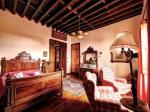 Double Bedroom with Seating Area at Rural San Miguel Hotel